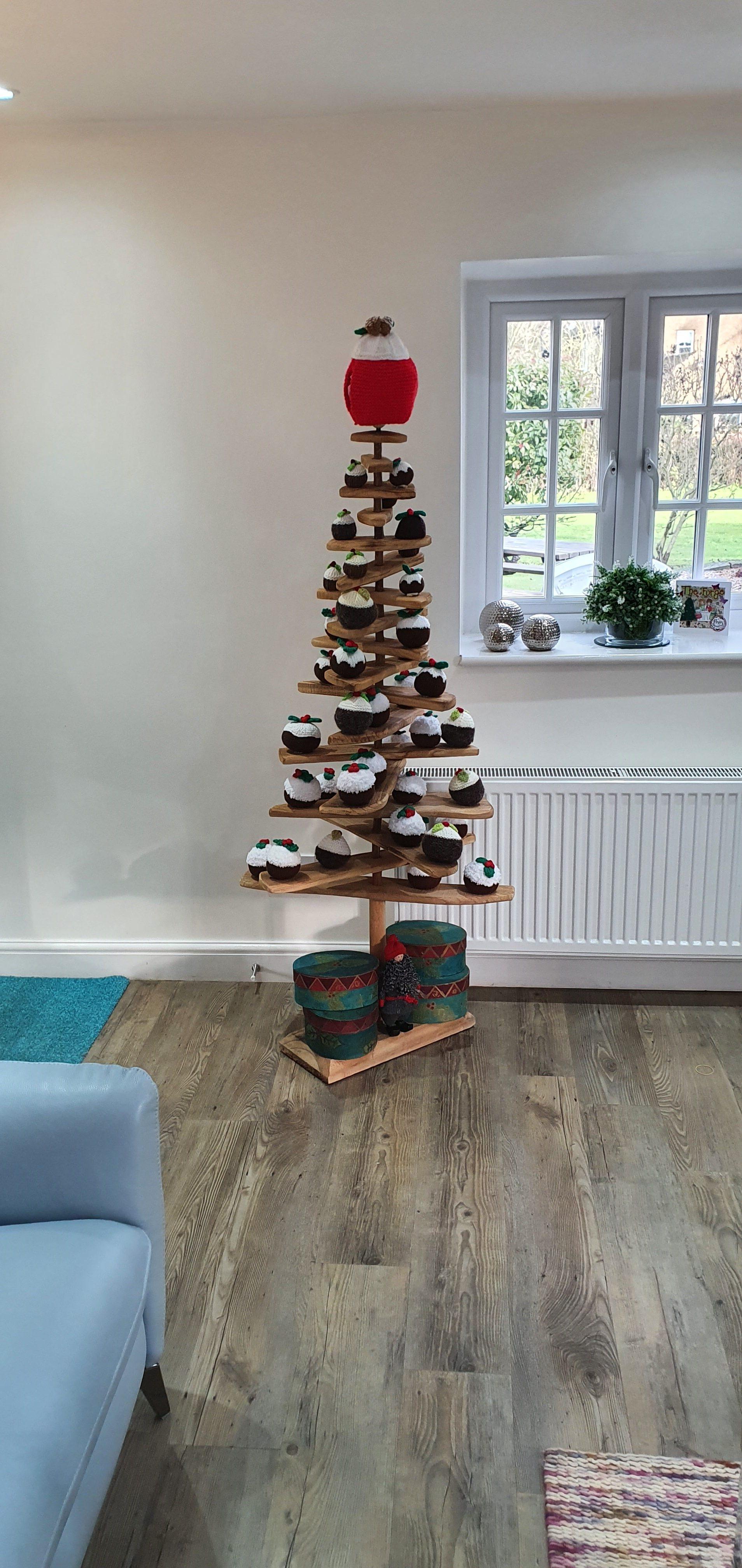 merry christmas pudding tree
